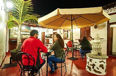 Patio del restaurante Parrilla Grill Aridane